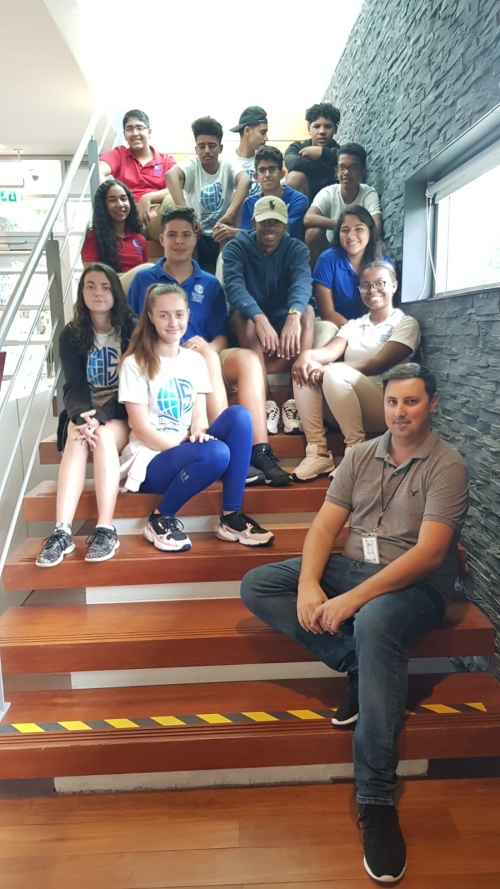 ISC students visit Mongui Maduro Library and Museum
